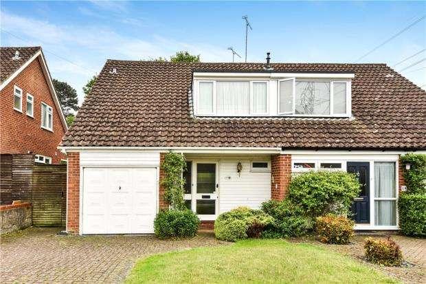 3 Bedrooms Semi Detached House for sale in Cheviot Road, Little Sandhurst, Berkshire