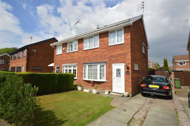 3 Bedrooms Semi Detached House for sale in St Austell Avenue, Macclesfield