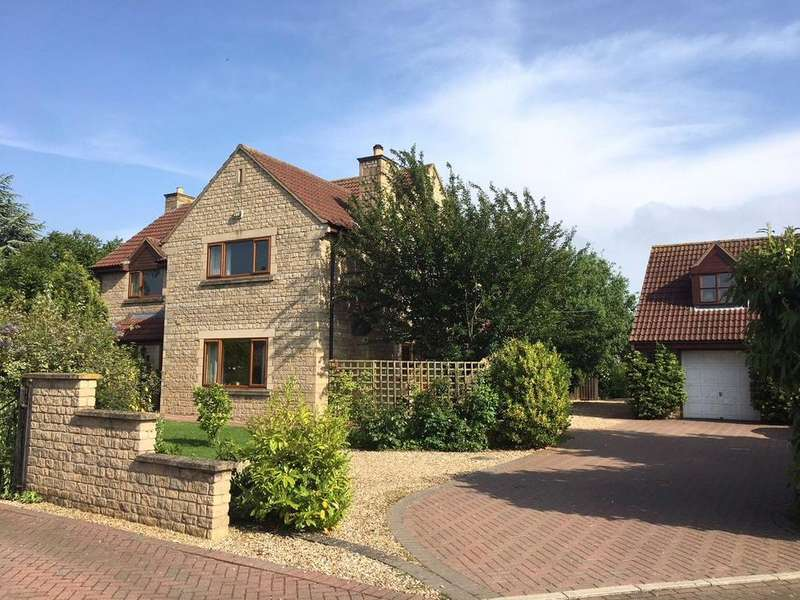 4 Bedrooms Detached House for sale in Ellerby Mead, Swayfield, Grantham, Lincolnshire, NG33