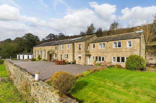 5 Bedrooms Farm House Character Property for sale in Rose Cottage, Newsholme Dean, Oakworth BD22 0QA