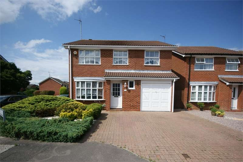 4 Bedrooms Detached House for sale in Blackley Close, Earley, Reading, Berkshire