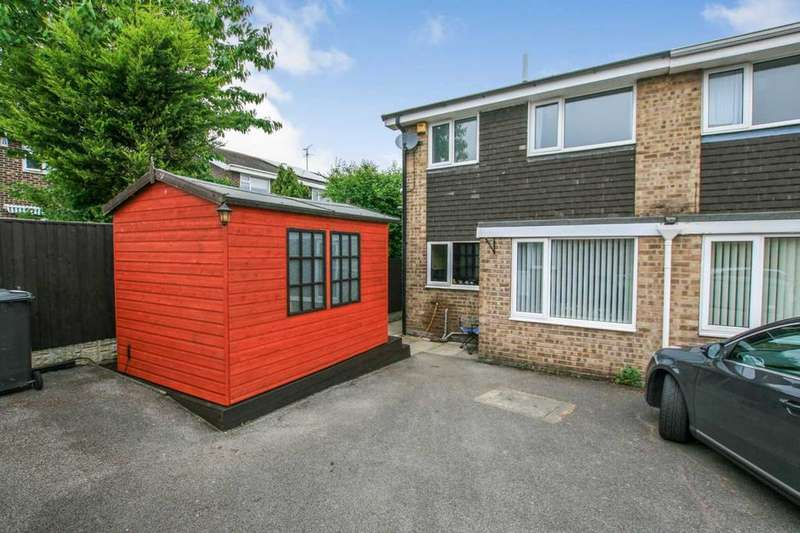 3 Bedrooms Semi Detached House for sale in Patterdale Close, Dronfield Woodhouse, Derbyshire, S18 8PW