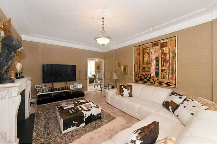 2 Bedrooms Apartment Flat for sale in Hallam Street, London