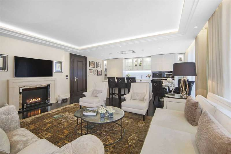 3 Bedrooms Apartment Flat for sale in The Strand, London