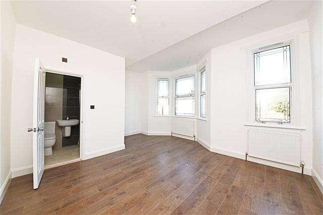 6 Bedrooms Terraced House for sale in Plashet Grove, East Ham, London