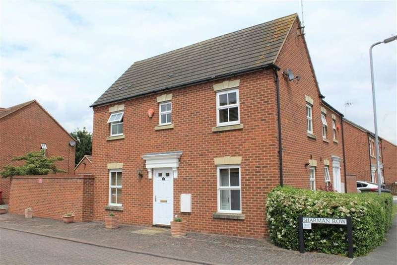 3 Bedrooms Semi Detached House for sale in Sharman Row, Langley, Berkshire