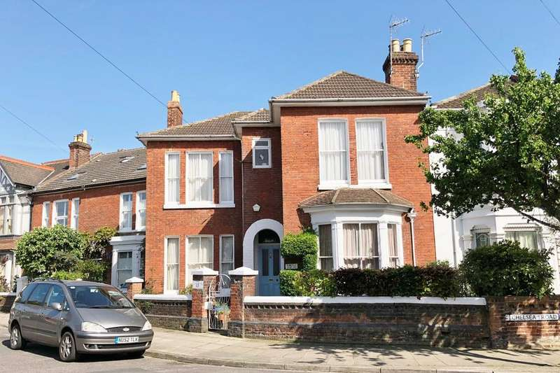 4 Bedrooms Terraced House for sale in Wilson Grove, Southsea