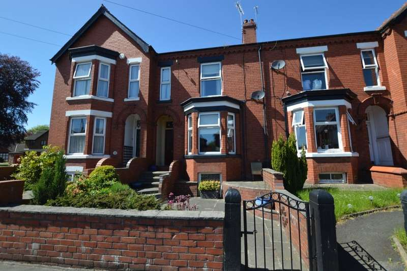 3 Bedrooms Property for sale in Nantwich Road, Middlewich, CW10