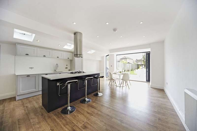 4 Bedrooms Terraced House for sale in Ringstead Road, London, SE6