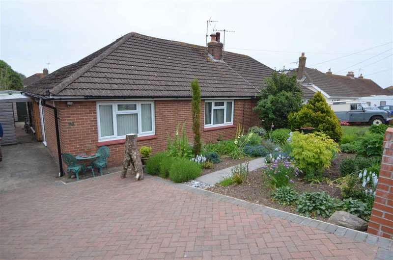 3 Bedrooms Bungalow for sale in Lower Drive, Dawlish