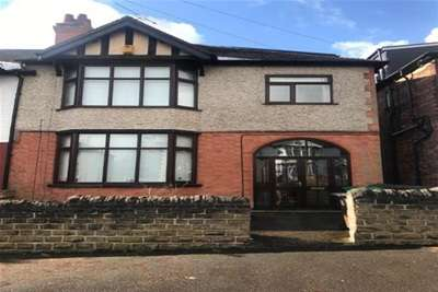 6 Bedrooms House for rent in Harlaxton Drive, STUDENT HOUSE UON/NTU