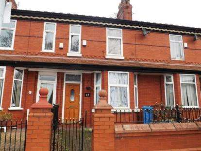 3 Bedrooms Terraced House for sale in Parkside Road, Manchester, Greater Manchester
