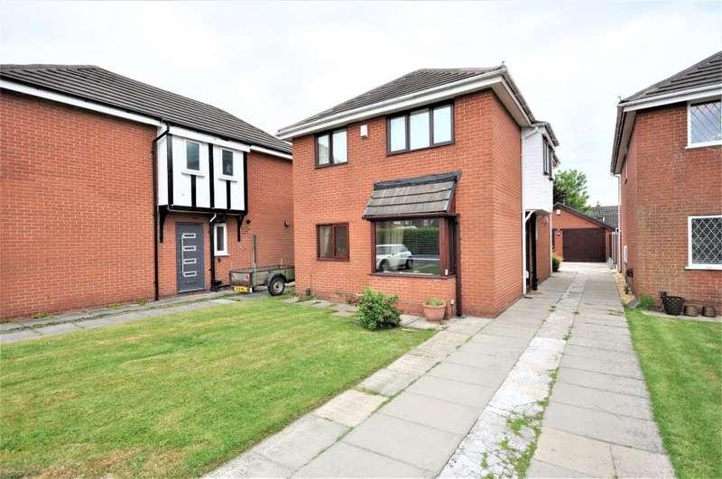 3 Bedrooms Detached House for sale in Mason Close, Freckleton, Preston, Lancashire, PR4 1RG