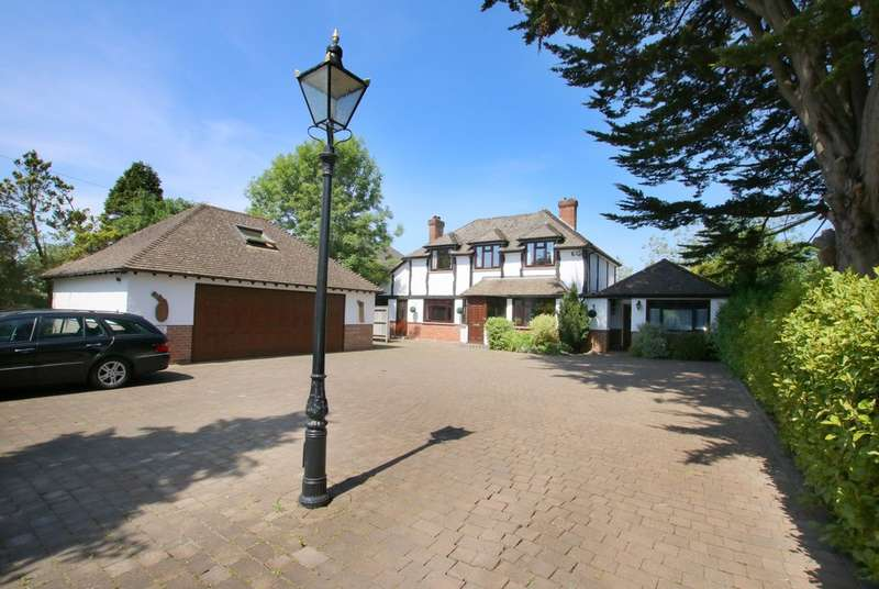7 Bedrooms Detached House for sale in Milford Road, Lymington, Hampshire