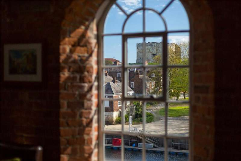 4 Bedrooms Apartment Flat for sale in The Bonding Warehouse, Terry Avenue, York, YO1