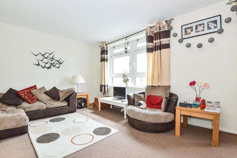 3 Bedrooms Flat for sale in Askill Drive, Putney