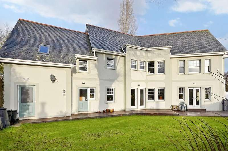 4 Bedrooms Detached House for sale in The Avenue, Truro