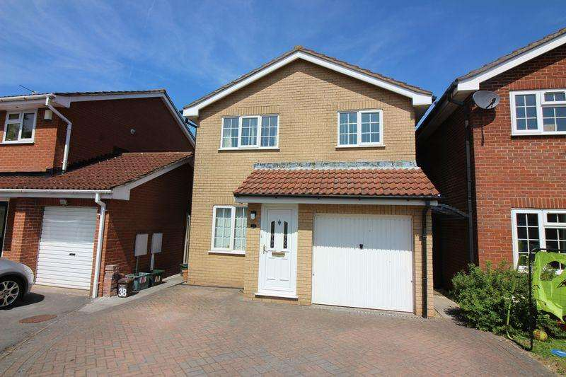 3 Bedrooms Detached House for sale in Merlin Park, Portishead