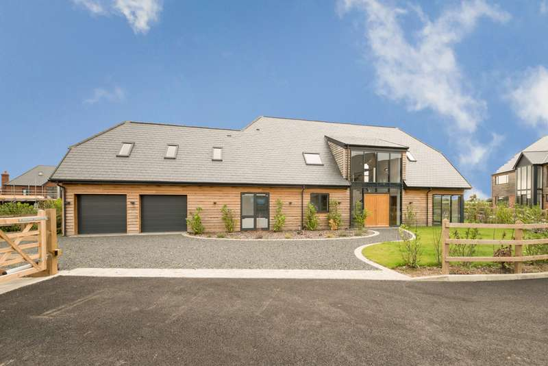 5 Bedrooms Detached House for sale in Kiln Drive, Woodnesborough, Sandwich CT13