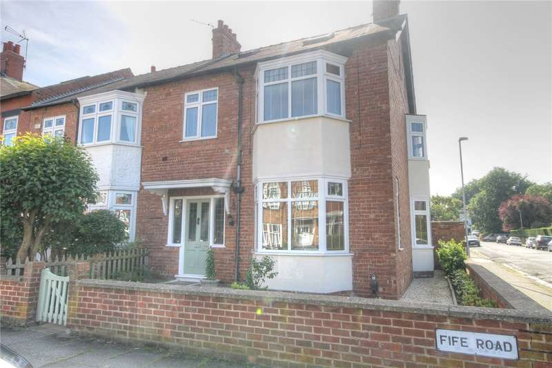 4 Bedrooms End Of Terrace House for sale in Fife Road, Darlington, DL3