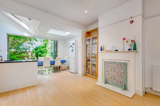 2 Bedrooms Terraced House for sale in Hatfield Road, Chiswick