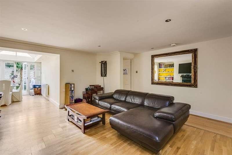 2 Bedrooms Flat for sale in BELGRAVE GARDENS, LONDON