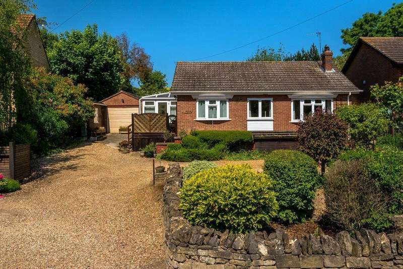 2 Bedrooms Detached Bungalow for sale in Toft, Bourne, PE10