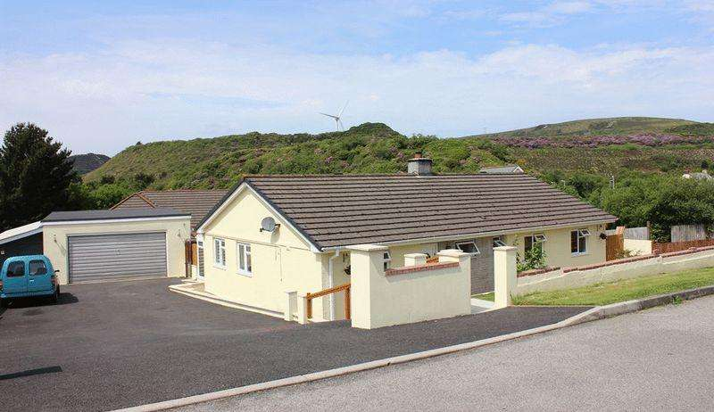 4 Bedrooms Bungalow for sale in Singlerose Road, Stenalees
