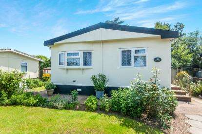 2 Bedrooms Mobile Home for sale in Mount Pleasant Road, Dawlish Warren, Dawlish