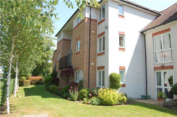 1 Bedroom Flat for sale in St. Michaels Court, Bishops Cleeve GL52