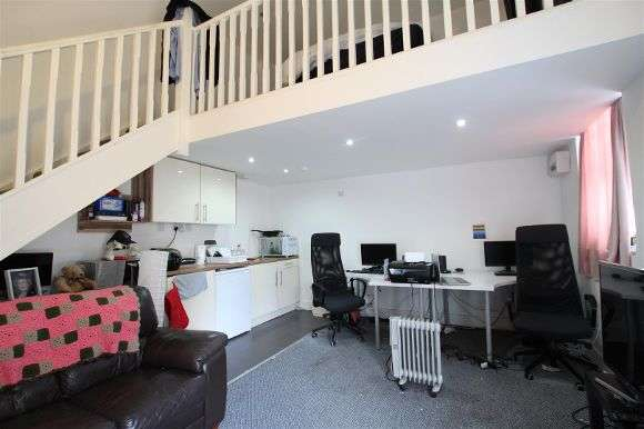 1 Bedroom Flat for sale in Earle Road, Liverpool