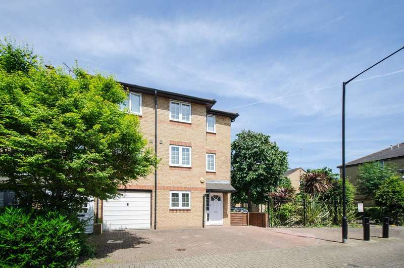 4 Bedrooms House for sale in Severnake Close, Canary Wharf, E14