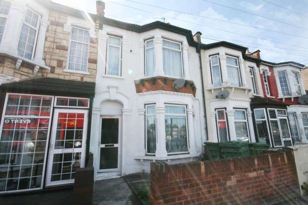 3 Bedrooms Terraced House for sale in Browning Road, London, E12