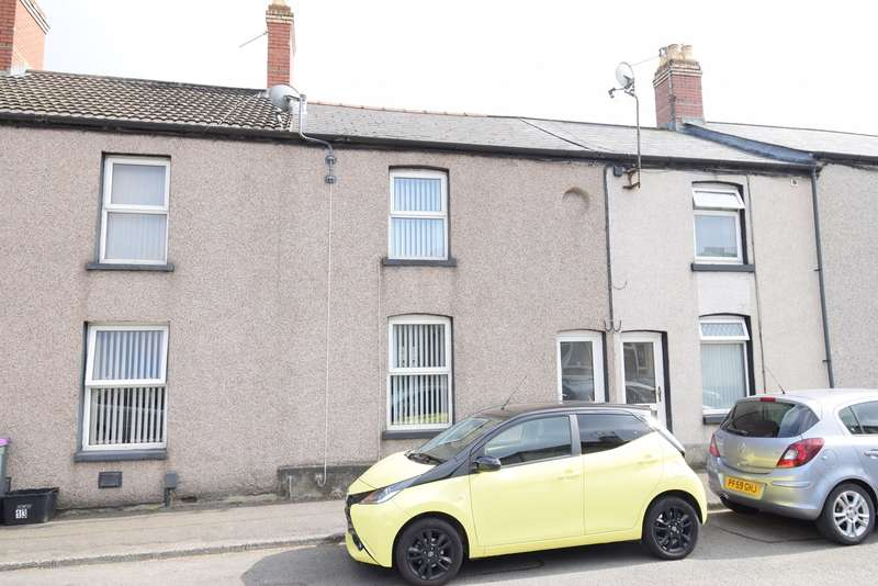 2 Bedrooms Terraced House for sale in Belle Vue Road, Cwmbran, NP44