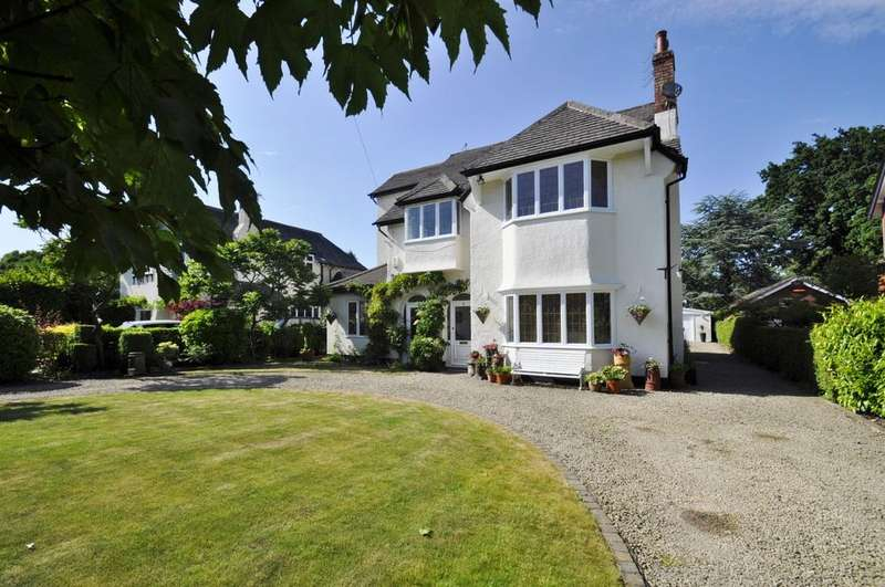 5 Bedrooms Detached House for sale in Ogden Road, Bramhall,