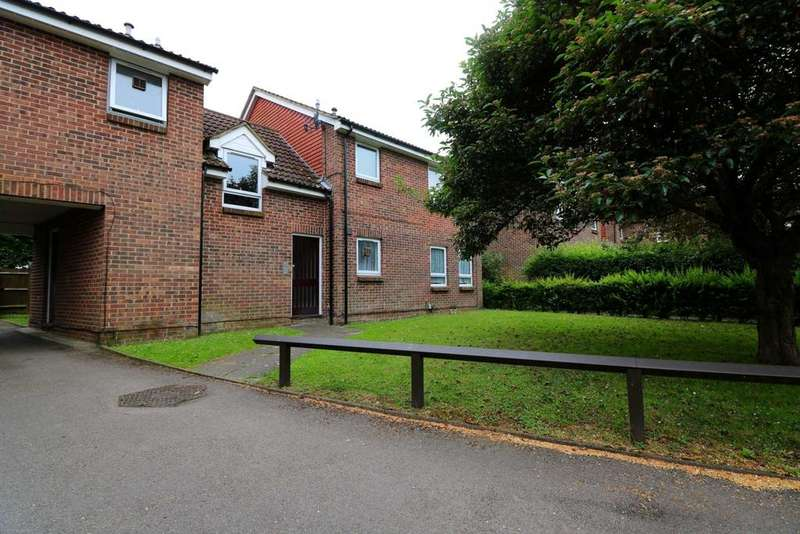 Studio Flat for sale in Wyre Court, Tilehurst