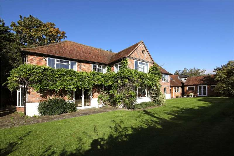 5 Bedrooms Detached House for sale in Church Road, Penn, Buckinghamshire, HP10