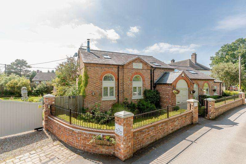 4 Bedrooms Detached House for sale in Spurstow, Nr. Tarporley