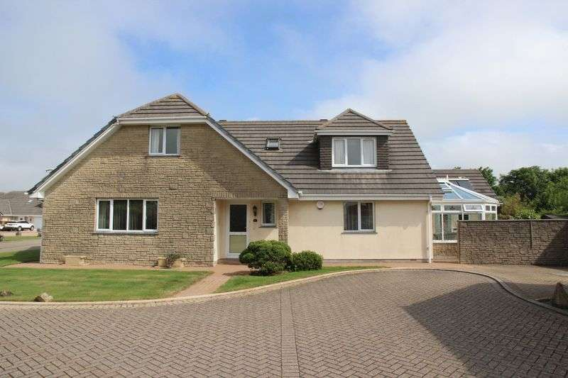 4 Bedrooms Property for sale in The Oaks Quintrell Downs, Newquay