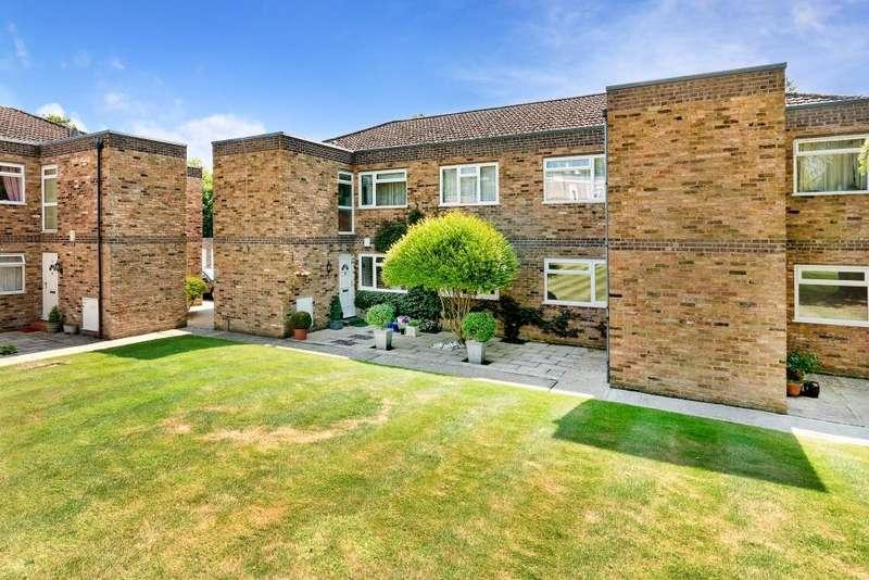 2 Bedrooms Maisonette Flat for sale in Hambleton