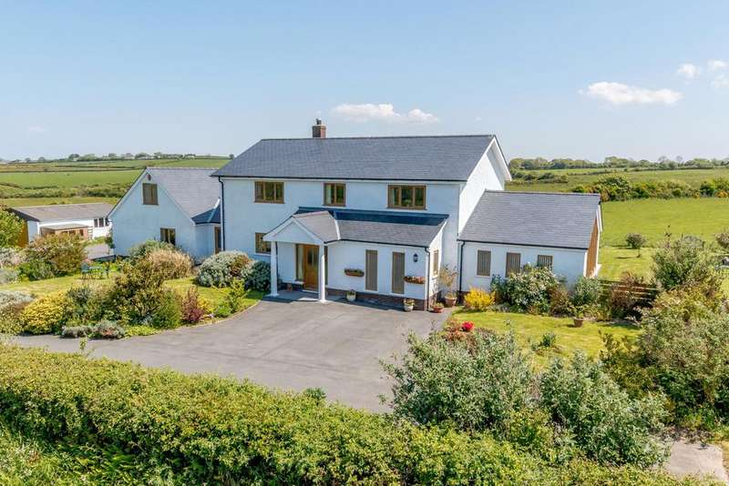4 Bedrooms Detached House for sale in Maenygroes, Nr New Quay, Ceredigion, SA45
