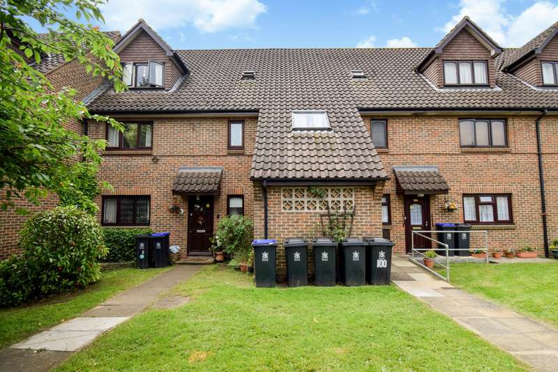 2 Bedrooms Flat for sale in Coulson Way, Burnham, SL1