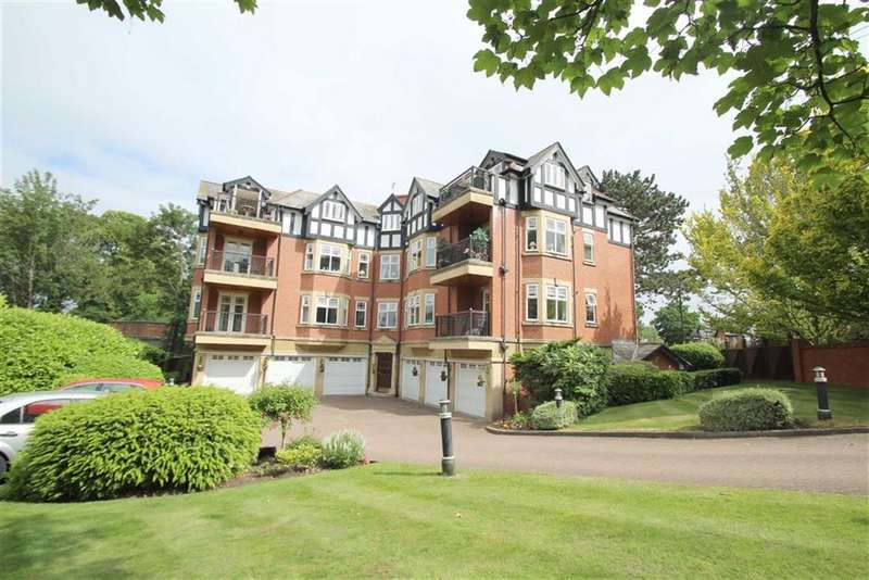 3 Bedrooms Flat for sale in Malrae, Ashley Road, Hale
