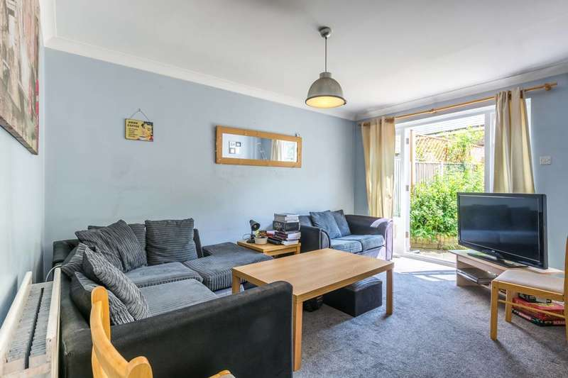 5 Bedrooms Terraced House for sale in Sycamore Mews, Clapham Old Town, SW4
