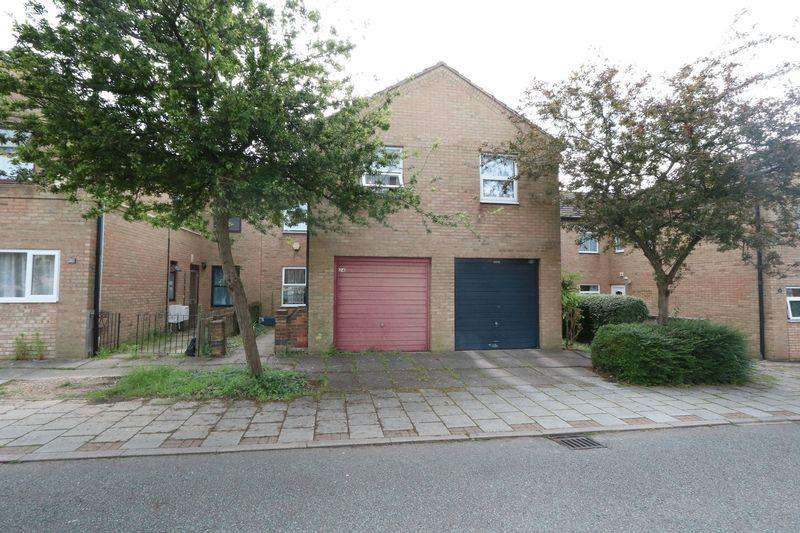 3 Bedrooms Terraced House for sale in Cranesbill Place, Milton Keynes