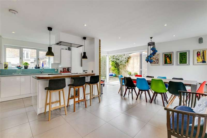 4 Bedrooms End Of Terrace House for sale in Bedford Close, Chiswick, London