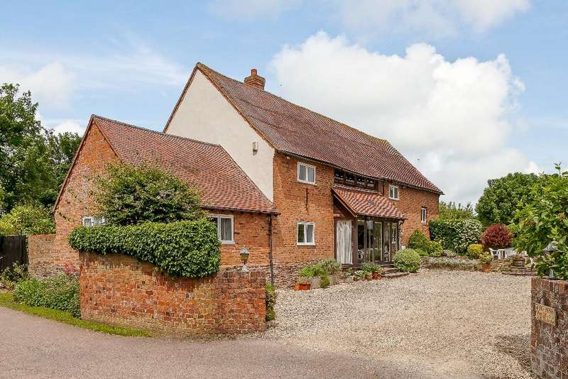 4 Bedrooms Barn Conversion Character Property for sale in Kingstone, Hereford