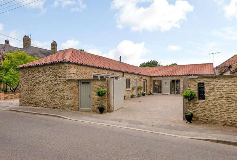 4 Bedrooms Link Detached House for sale in Church Hill, Spridlington, Market Rasen, Lincolnshire, LN8