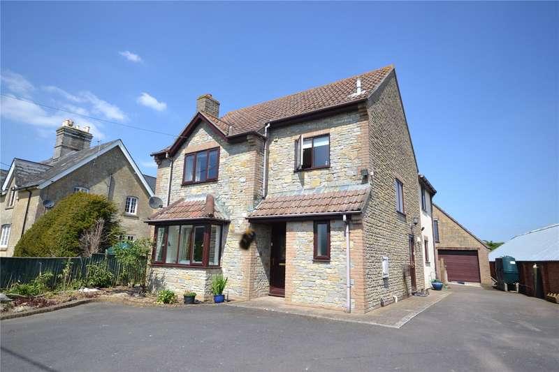 3 Bedrooms Detached House for sale in Manston, Sturminster Newton, Dorset, DT10