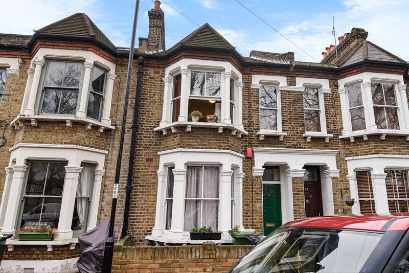 3 Bedrooms Terraced House for sale in Scawen Road, Deptford